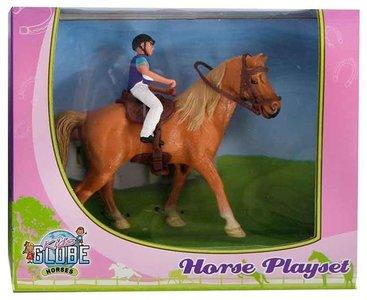 lichtbruin paard.JPG