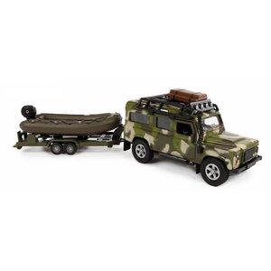 520191-Military-Land-Rover-met-boot.JPG