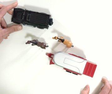 speelgoed defender met paarden trailer